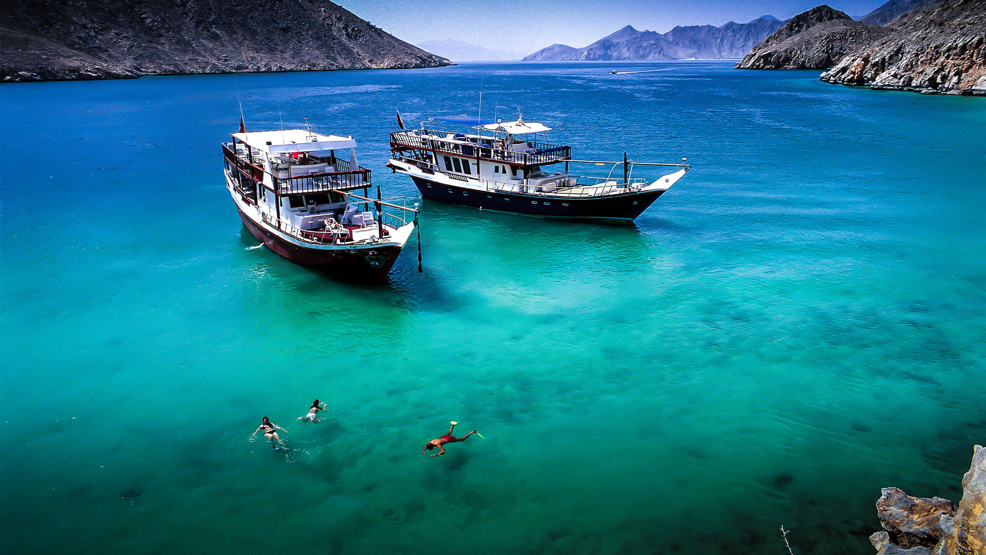 Oman's Ultimate Diving Experience